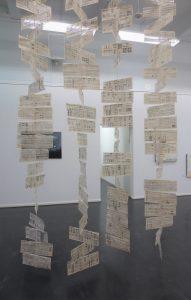 Hängendes 1, Buchseite, Kunstbezirk Stuttgart. Iris Flexer, 2016